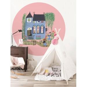 Apskritos formos tapetas vaikams, meška su mėlynu namu